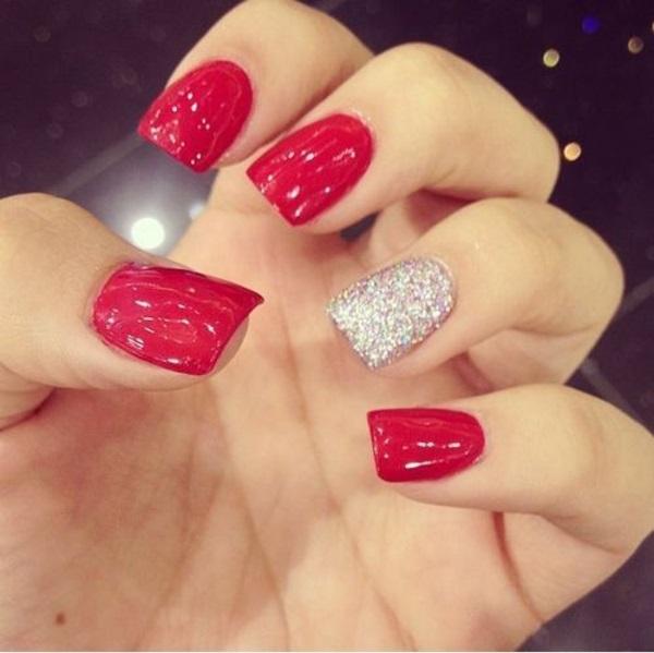 rote Gelnägel zu Weihnachten rote fingernägel lackiert silbern