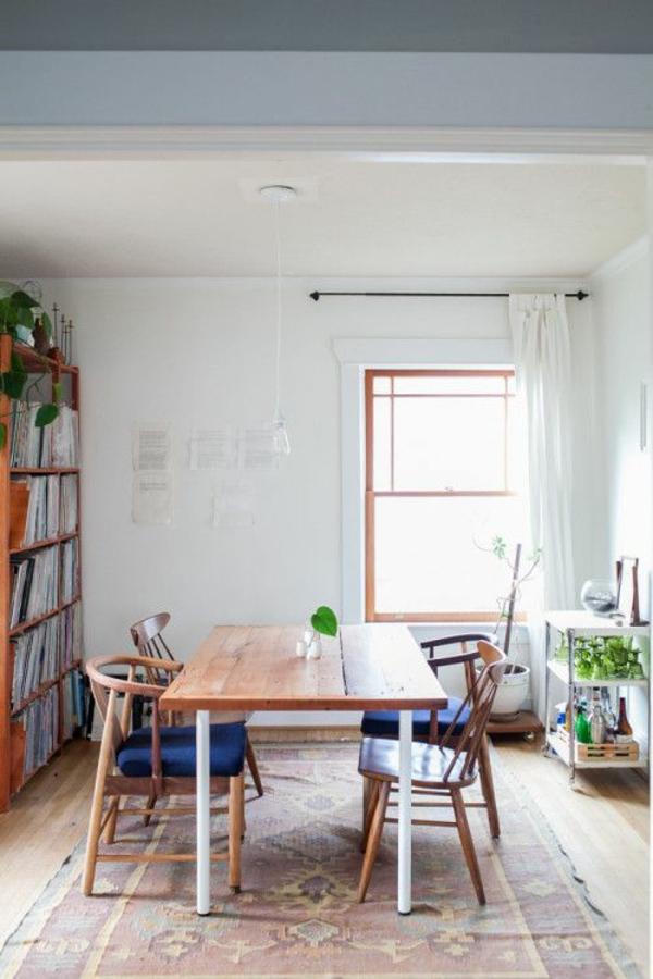 rustikaler esstisch teppich verlegen vintage möbel
