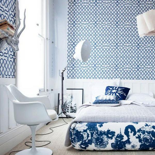 schöne tapeten blau schlafzimmer tapetenmuster