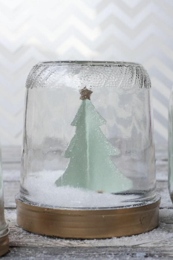 selbstgemachte geschenke schneekugel basteln tanne aus pappe
