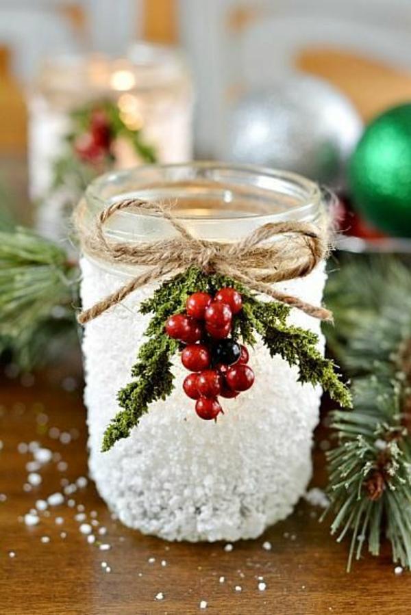 selbstgemachte weihnachtsgeschenke kunstschnee rote beeren