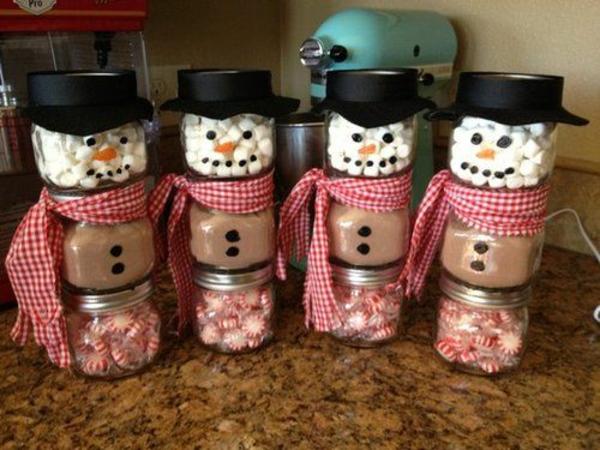 selbstgemachte weihnachtsgeschenke schneemänner bonbons