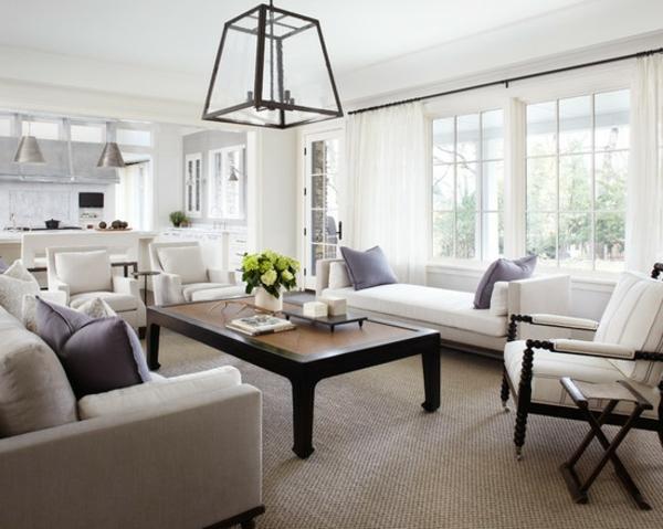 sisalteppich wohnzimmer weiße polstermöbel kronleuchter