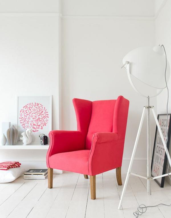skandinavische möbel wohnzimmer sessel stehlampe weiß