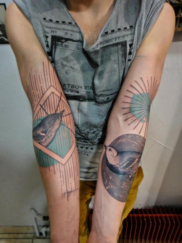 tattoo motive oberarm vogel design