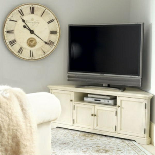 tv schrankwand wanduhr antik sessel