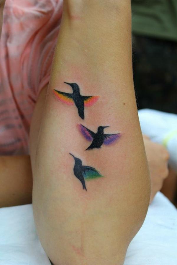 unterarm tattoo vorlagen flug vogel