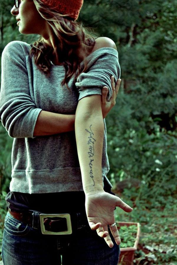 unterarm tattoo vorlagen schriften sprüche