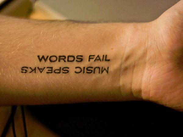 Oberarm und Unterarm Tattoo Ideen vorlagen sprüche