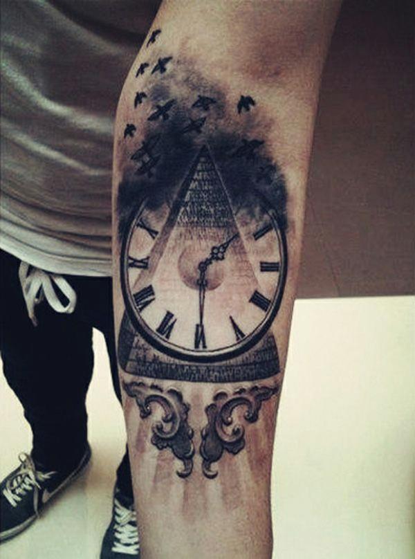 Oberarm und Unterarm Tattoo Ideen vorlagen uhr