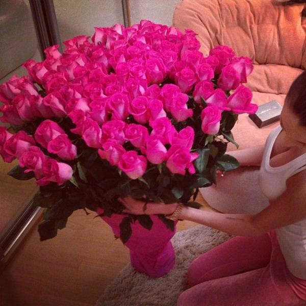 Valentinstag Leuchtend Farben Blumen Verschicken Blumenstrauß