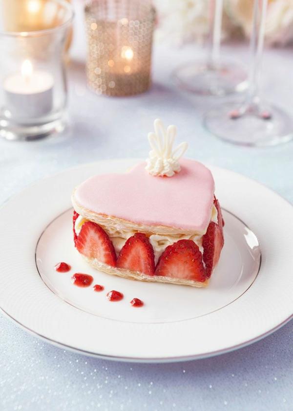 Valentinstagstorte butterteig erdbeeren