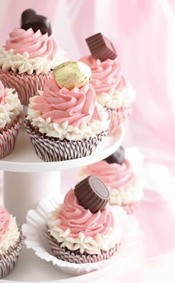 Valentinstagstorte cupcakes pralinen