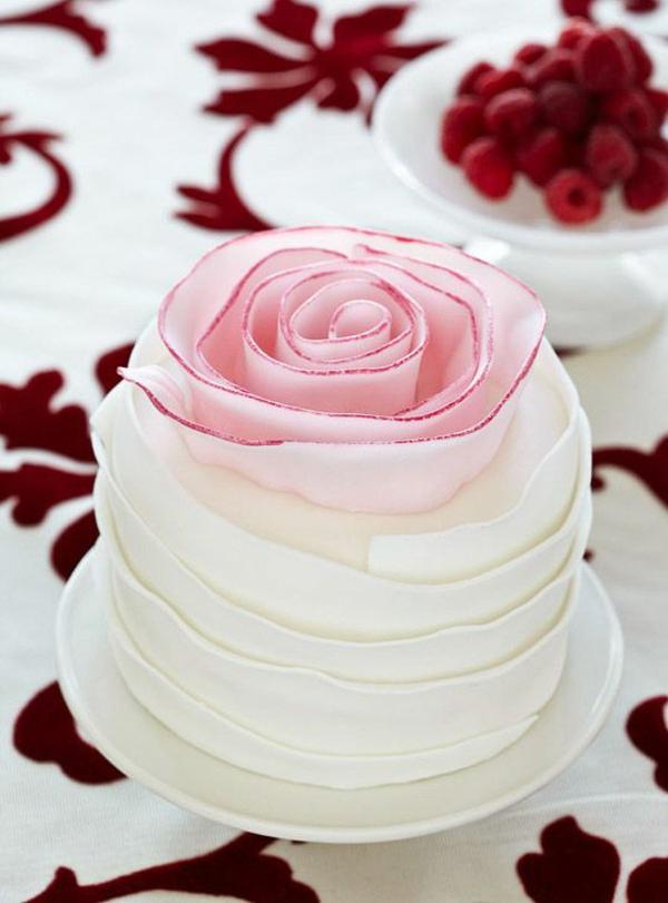 valentinstag torte rose
