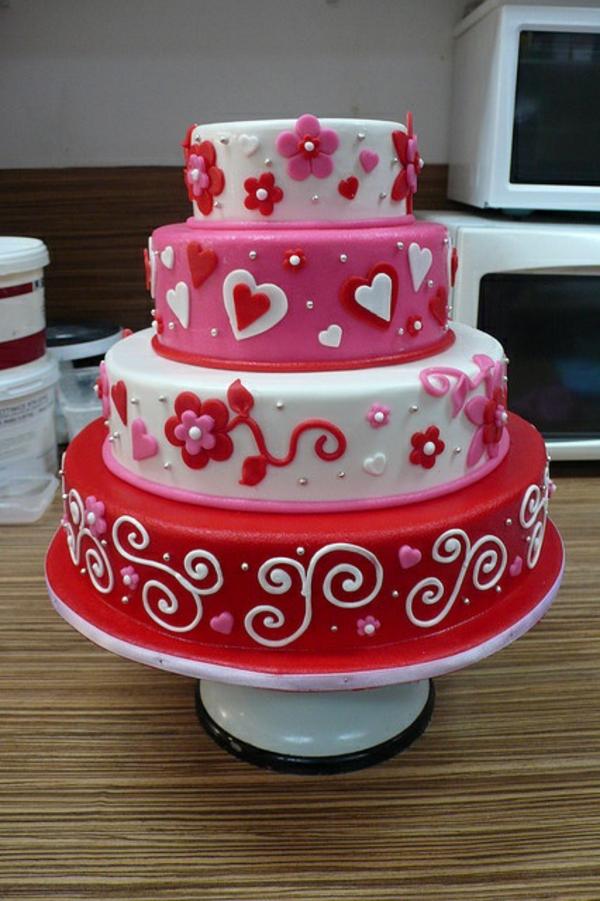 valentinstag torte vier etagen