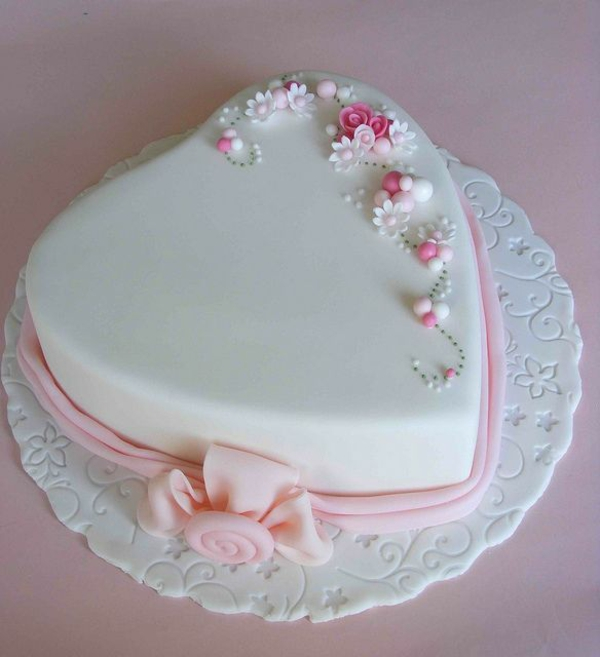 Beautiful Heart Cake Images : Valentinstag Torte und Cupcakes selber machen