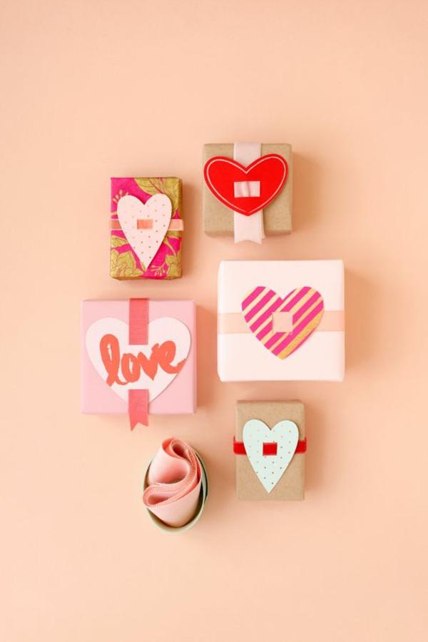 valentinstaggeschenke geschenke für verliebte klein
