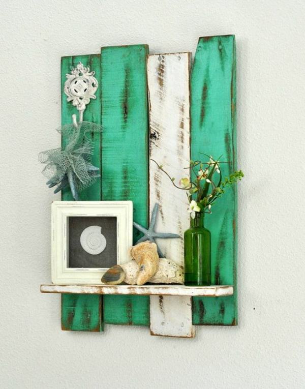wanddekoration bildeer holzpaletten weiß grün