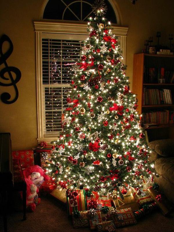 weihnachtsbaumbeleuchtung eine interessante. Black Bedroom Furniture Sets. Home Design Ideas