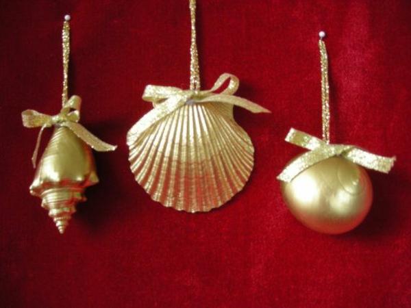 weihnachtsdeko tropischer art baumkugel gold muschel