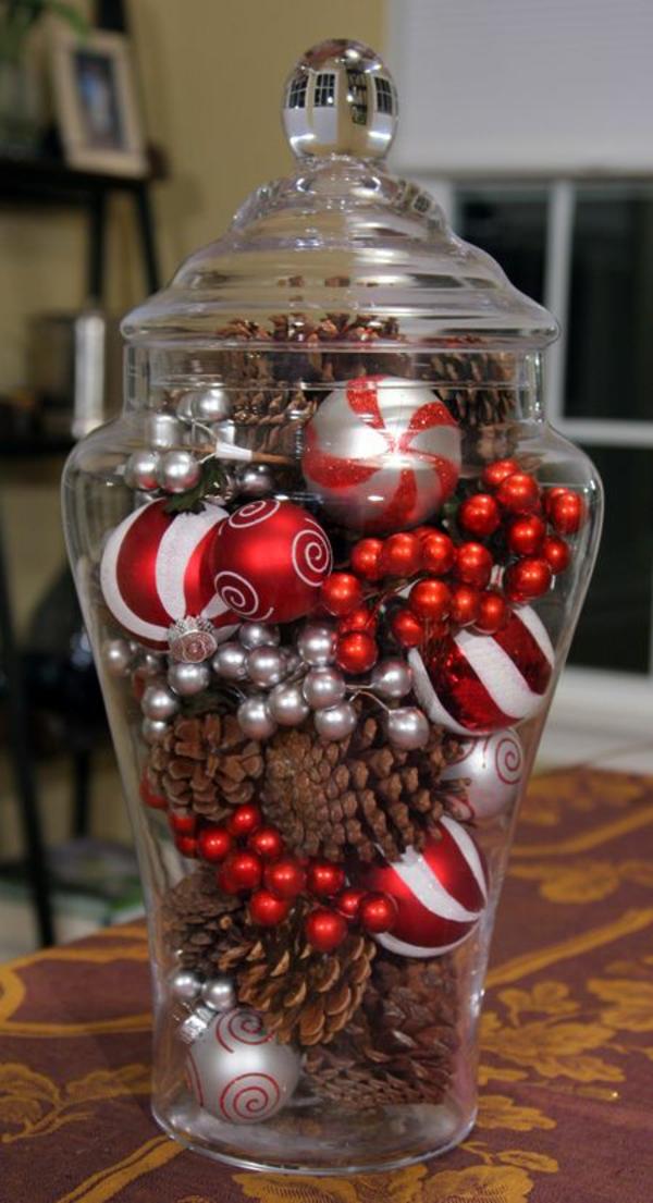 weihnachtsdeko ideen glasgefäß weihnachtskugeln zapfen