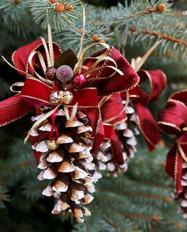 weihnachtsdekoration weihnachtsschmuck beeren glocken