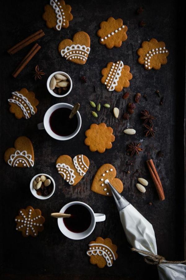 weihnachtsplätzchen einfach arangieren kaffee trinken