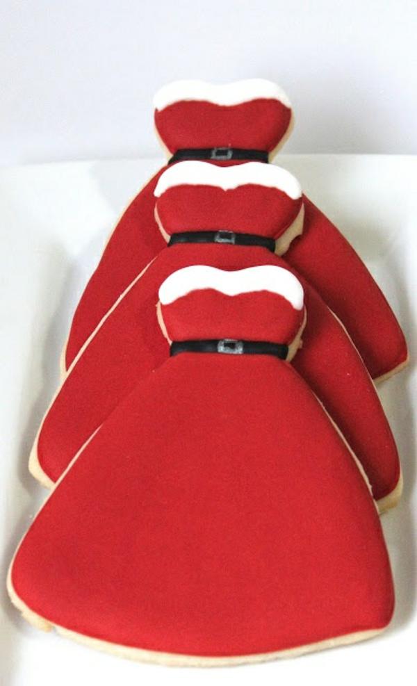 weihnachtsplätzchen einfach arangieren weihnachtsbasteleien rote glasur