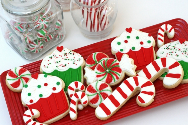 plätzchen zuckerstangen cupcakes