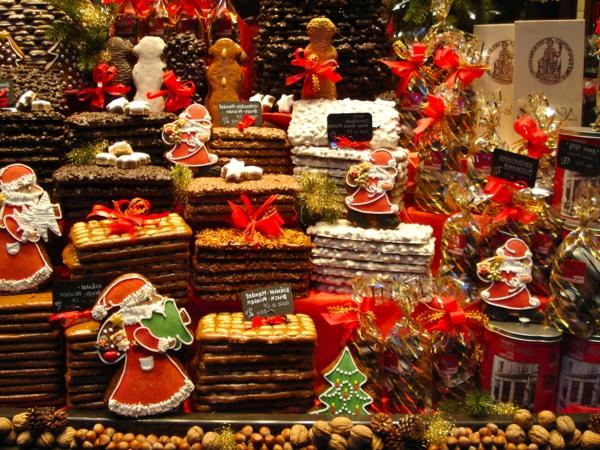 weihnachtsurlaub in deutschland weiihnachtsmarkt lebkuchen nüsse
