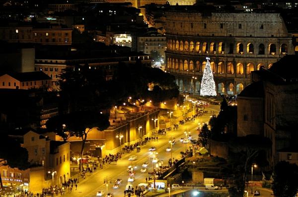 weihnachtsurlaub mit kindern rom italien kolosseum