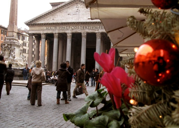 weihnachtsurlaub mit kindern rom italien weihnachtsmarkt pantheon