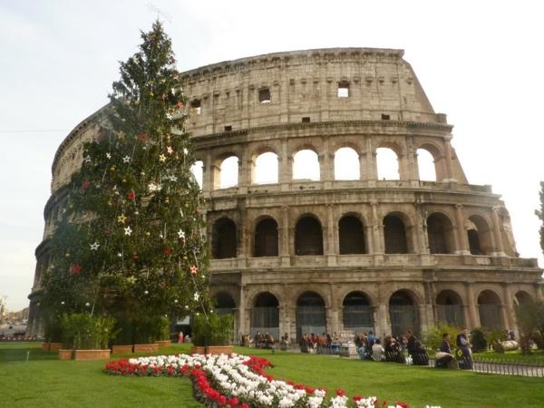 weihnachtsurlaub mit kindern rom kolosseum tagsüber