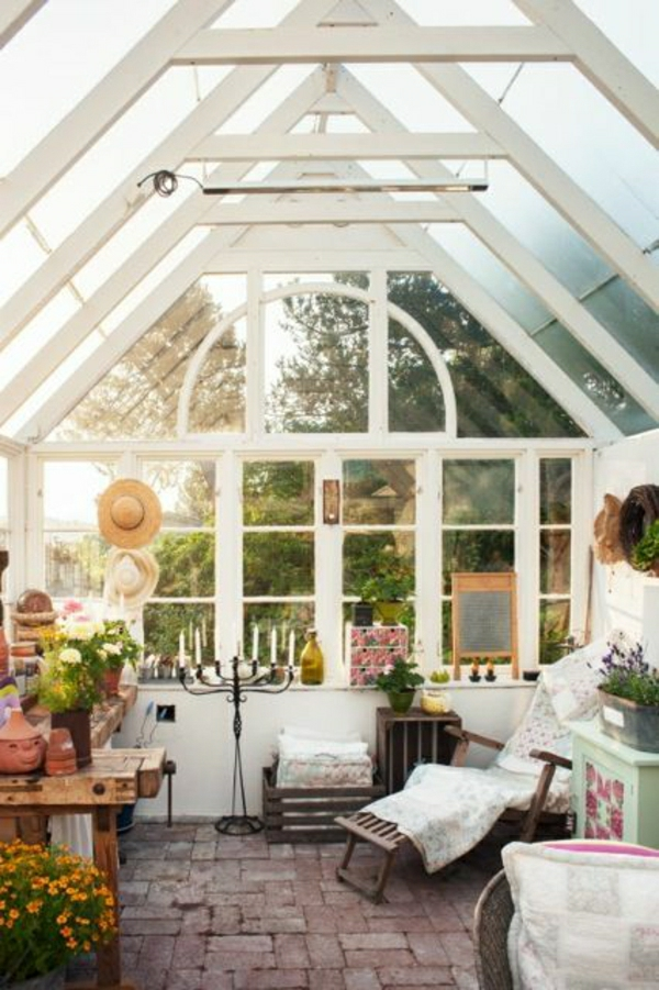 wintergarten gestalten gartenhäuschen terrassenüberdachung glas