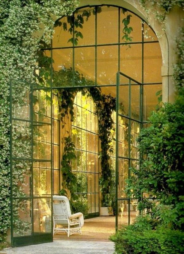 wintergarten gestalten kletterpflanzen efeu glaswände