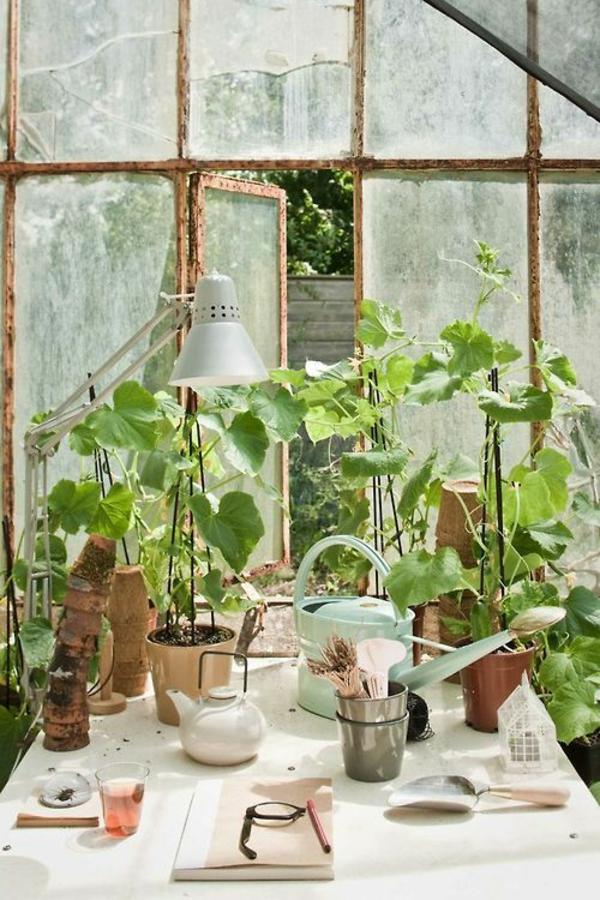 wintergarten selbstbau gartenmöbel holztisch