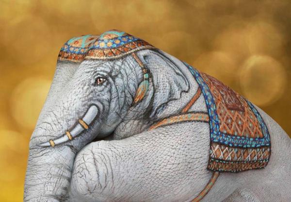 moderne kunst elefant