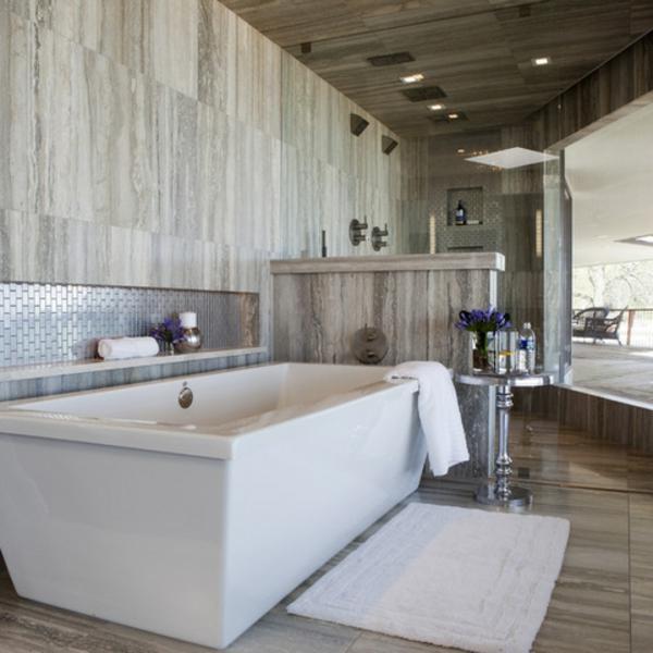 Metalloptik badezimmer badewanne badfliesen