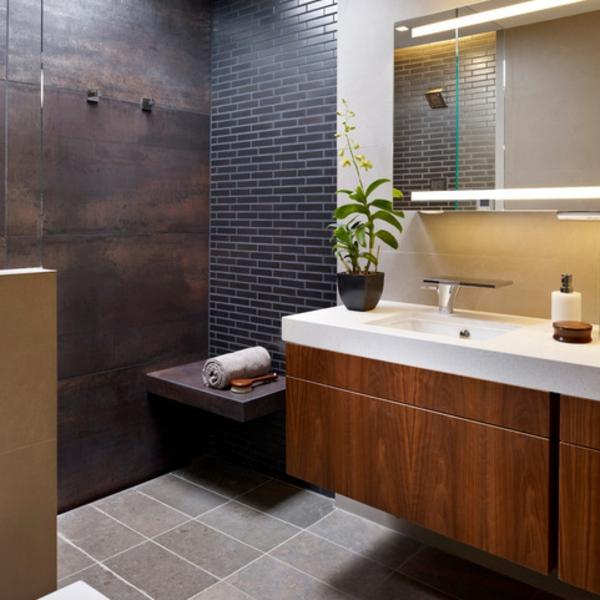 Badfliesen badetücher Metalloptik badezimmer