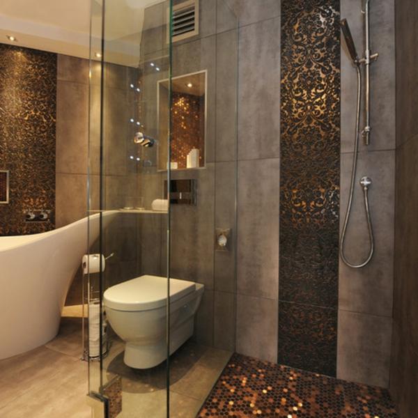Badezimmer fliesen mosaik dusche  Badfliesen mit Metalloptik