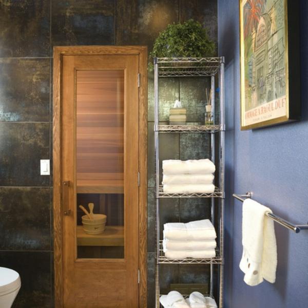 Badezimmer fliesen mit Metalloptik schrank holz