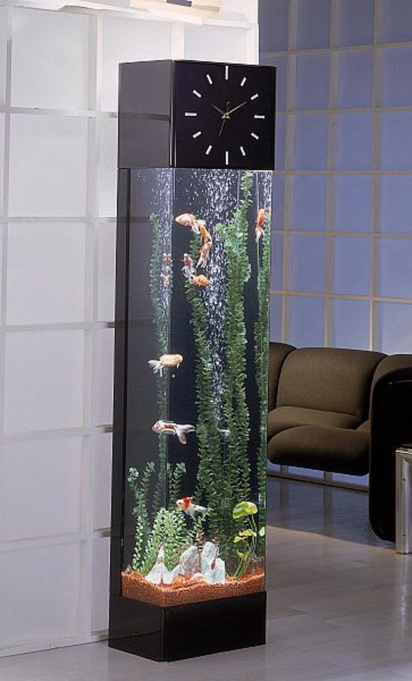 Brillante Aquarium Dekoration praktisch