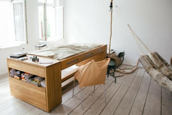 designer schreibtisch und bett in einer struktur. Black Bedroom Furniture Sets. Home Design Ideas