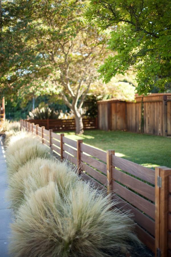 Gartenzäune aus Holz ideen holzlack