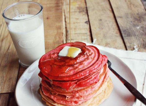 Geschenke-zum-Valentinstag-basteln-pfannkuchen-milch