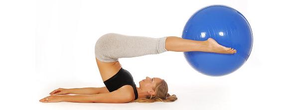 Gymnastikball Übungen für fortgeschrittene