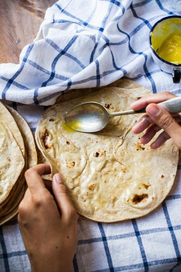 Indisch kochen indisches Essen brot chapati