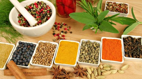Indisch kochen indisches gemüse curry cardamom