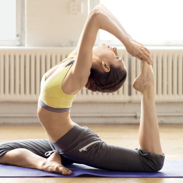 Kalorienverbrauch beim Sport yoga übungen asanas