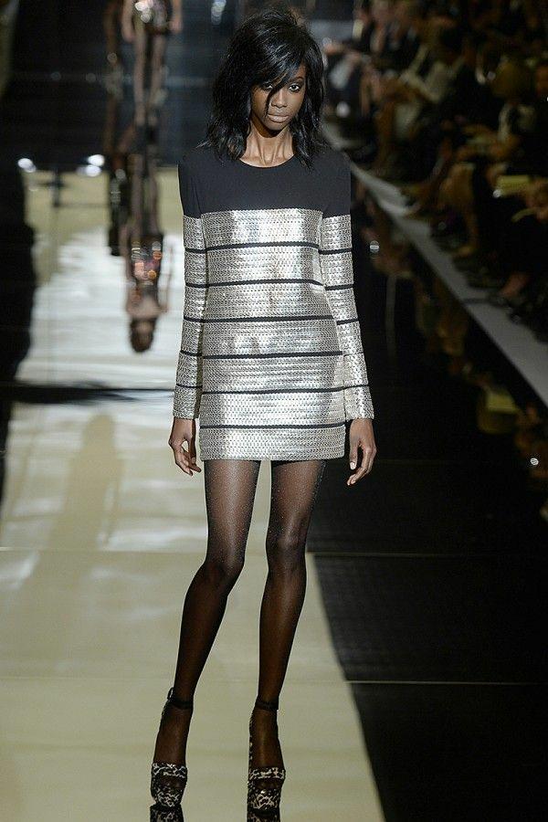 Kleid in Silber abendkleid metall effekt streifen